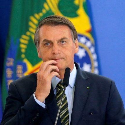 Bolsonaro nega problema com a China e critica medidas restritivas