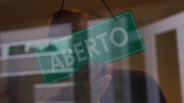 Maior parte do estado de SP avança na reabertura econômica