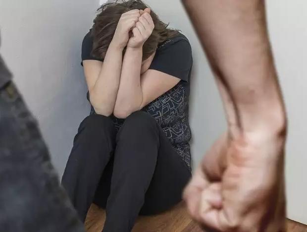 ONU mulheres alerta para violência doméstica na quarentena