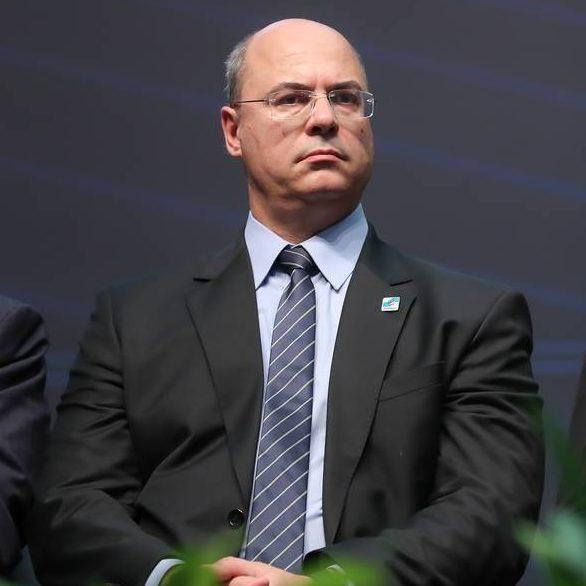 Wilson Witzel deixa residência oficial do governo do RJ