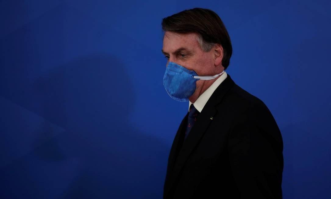 Bolsonaro rebate governadores que o acusam de falta de liderança