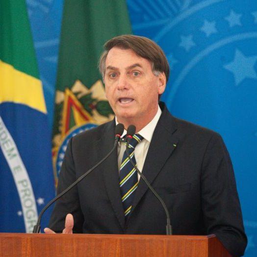 """Bolsonaro nega """"orçamento secreto"""" e diz ser invenção"""