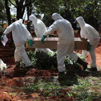 Pandemia já registra a marca de meio milhão de mortos