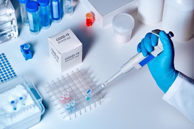 Planos de saúde são obrigados a cobrirem testes para detectar coronavírus