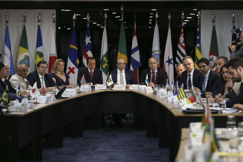 Governadores enviam carta a Bolsonaro exigindo mais ações