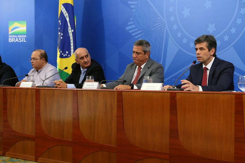 Brasil tem 2.906 mortes e mais de 45 mil casos de Covid-19