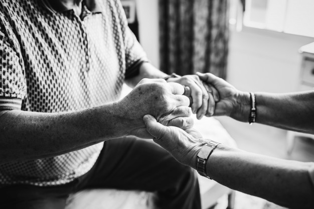 Saiba como agir com os idosos durante a pandemia de coronavírus
