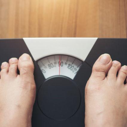 Obesidade leva a outras doenças e pode ser tratada no SUS