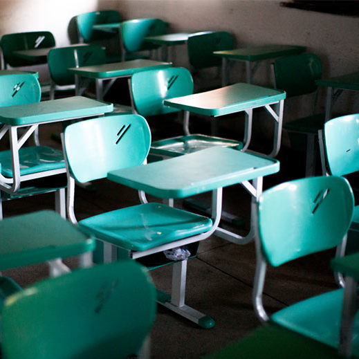 Oito em cada dez municípios não tem condições de retomar aulas