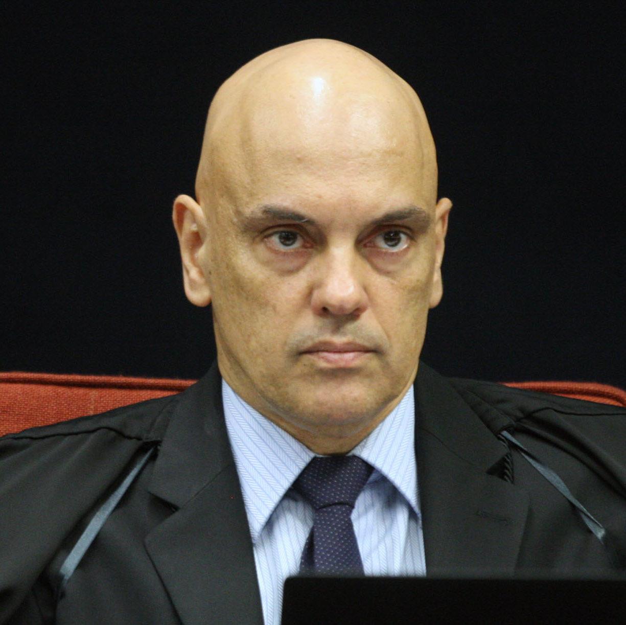 Moraes prorroga inquéritos sobre fake news e atos antidemocráticos