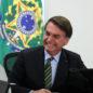 Bolsonaro ironiza carreatas pró-impeachment