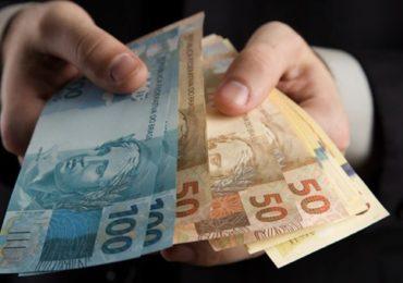RFI: Reduzir auxílio emergencial pode atrasar retomada econômica