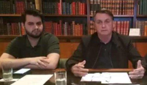 Bolsonaro defende extensão do auxílio com parcelas de R$ 300
