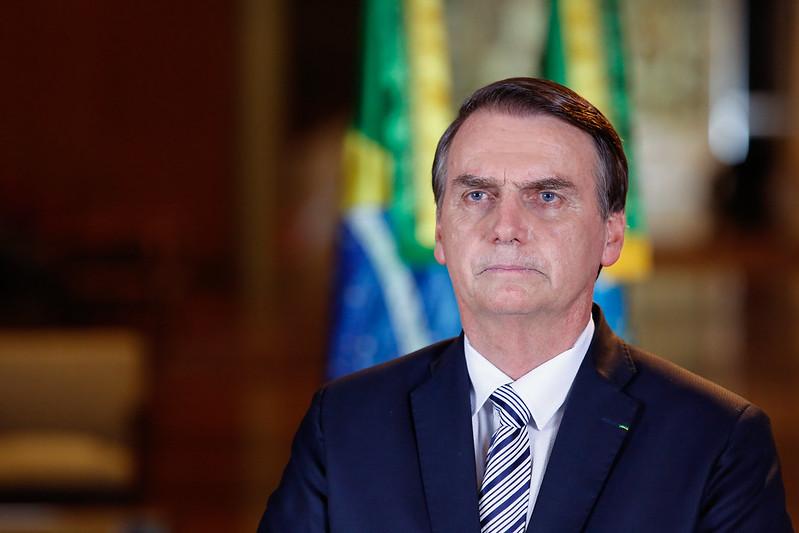 Covid-19: Bolsonaro testa positivo e Brasil chega a 66 mil mortes
