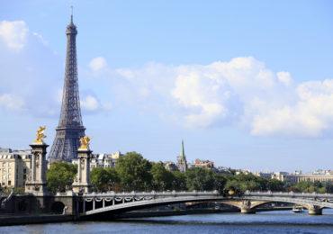 RFI: França anuncia fim de estado de emergência provocado por Covid-19