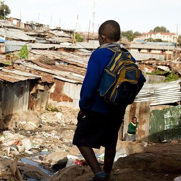 Pandemia leva 22 milhões de pessoas a pobreza na América Latina