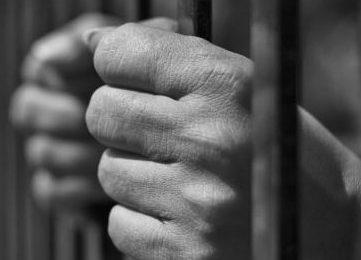 Prisão de homem por postagem contra Bolsonaro foi abusiva