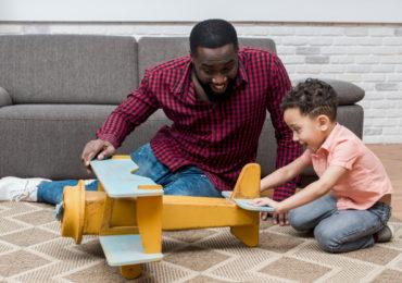 Pesquisa: pais e filhos melhoram relacionamento na quarentena