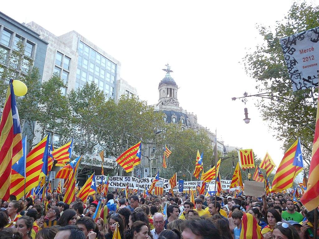 Separatistas reforçam maioria no Parlamento da Catalunha