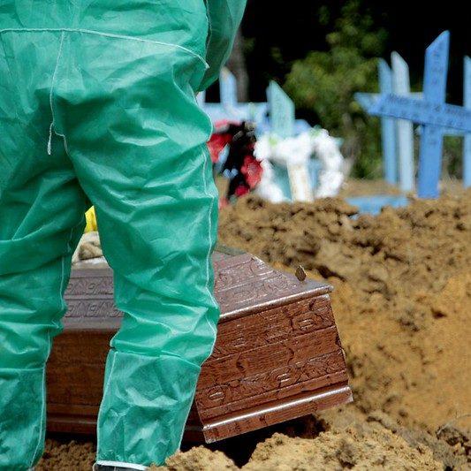 Covid-19: País passa de 170 mil mortes e tem 6,1 milhões de casos