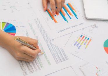 Especialistas debatem importância dos dados para combater a Covid