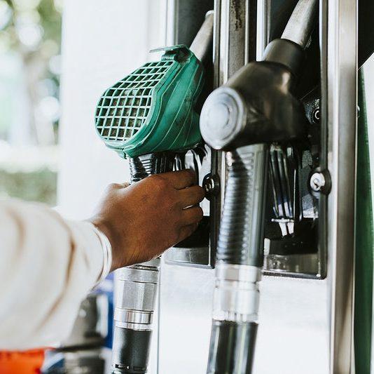 Aumento na gasolina: preços abusivos podem ser denunciados