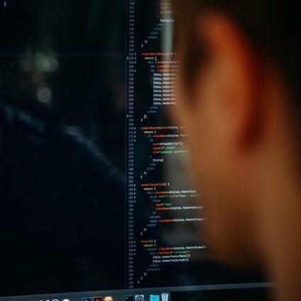 Ataques cibernéticos e bioterrorismo se aproveitam de fragilidades geradas por pandemia