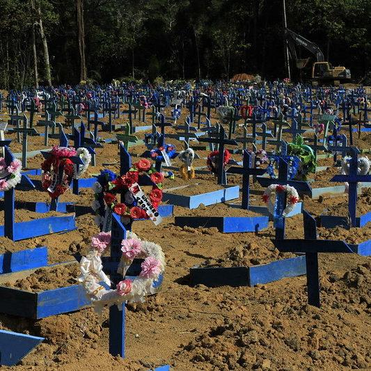 País contabiliza mais 2,9 mil mortes provocadas pela Covid