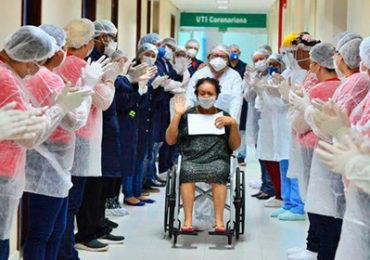 Brasil alcança 4 milhões de pessoas curadas da Covid-19