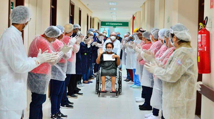 Brasil tem 3,7 milhões de pessoas curadas da Covid-19