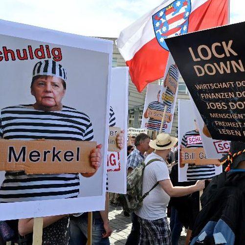 """Governo alemão: tumultos de antimáscaras são """"uma vergonha"""""""