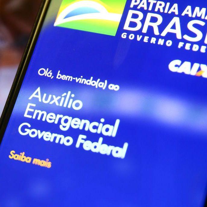 Governo divulga calendário de reavaliados do auxílio emergencial