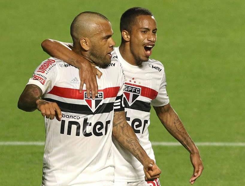 Vasco e São Paulo estreiam com vitória e Inter mantém os 100%