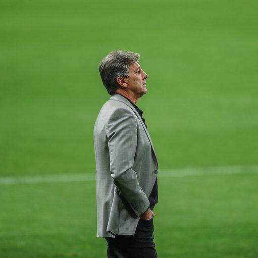 Libertadores: Grêmio empata no fim e garante vaga em primeiro do grupo