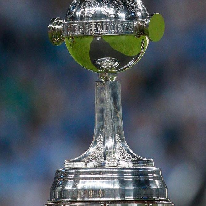 Libertadores: Taison brilha e Internacional atropela Olimpia em Porto Alegre