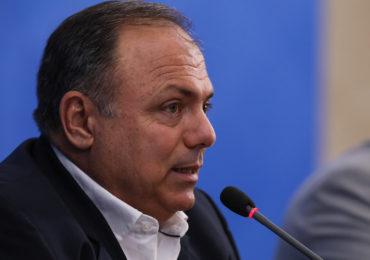 Ministro interino da Saúde apoia medidas de afastamento social