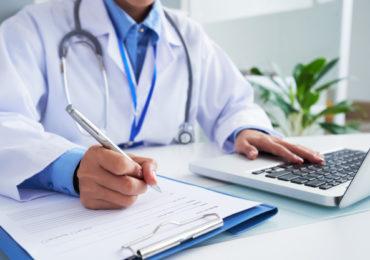 Telemedicina atende casos leves e consultas de rotina