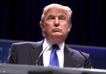 Medidas de Trump durante pandemia serão questionadas na Justiça