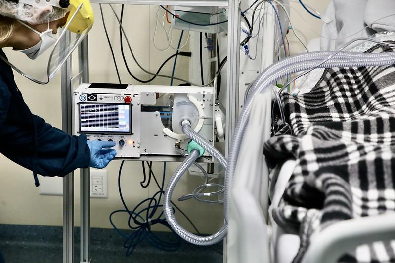 Rio Grande do Sul compra novos respiradores para 230 leitos de UTI