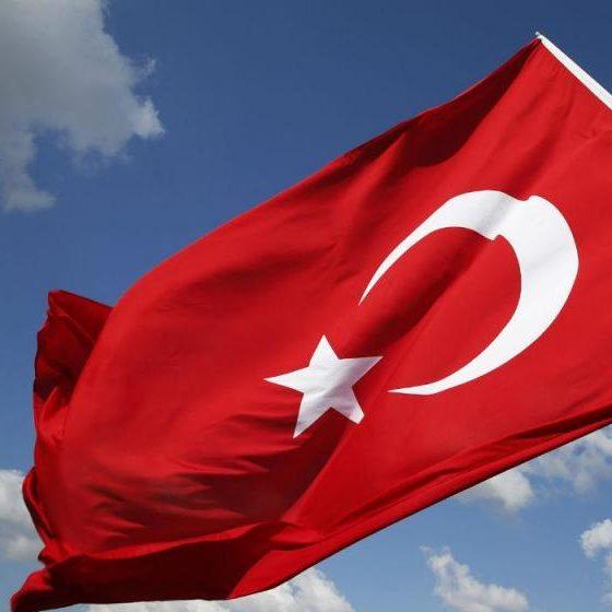 Turquia eleva tensão militar em ilha grega do Mediterrâneo