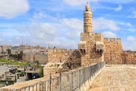 Covid-19: Israel volta à quarentena por três semanas