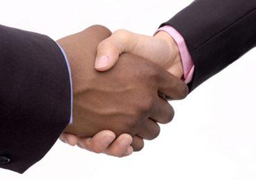 Empresas discutem importância de superar o racismo na sociedade