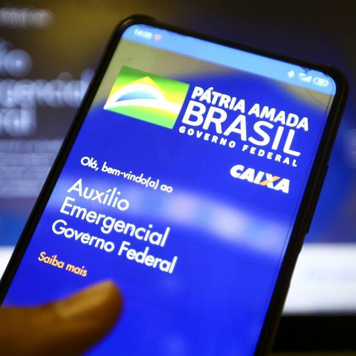 FMI: auxílio emergencial diminuiu a pobreza no Brasil