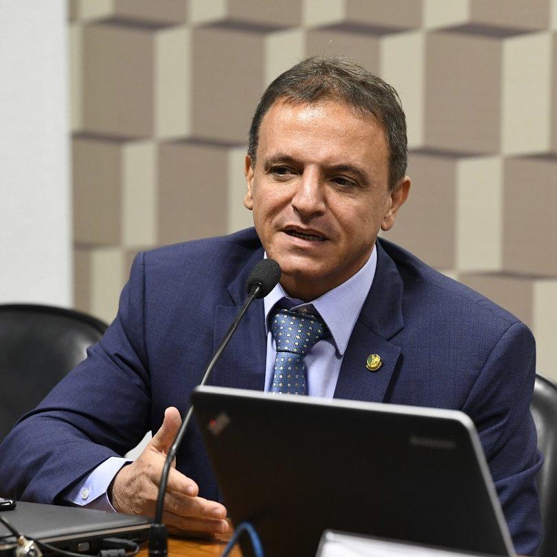 Relator diz ter aval de Bolsonaro para criar programa social