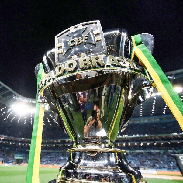 Vasco e Botafogo brigam por vaga nas oitavas de final