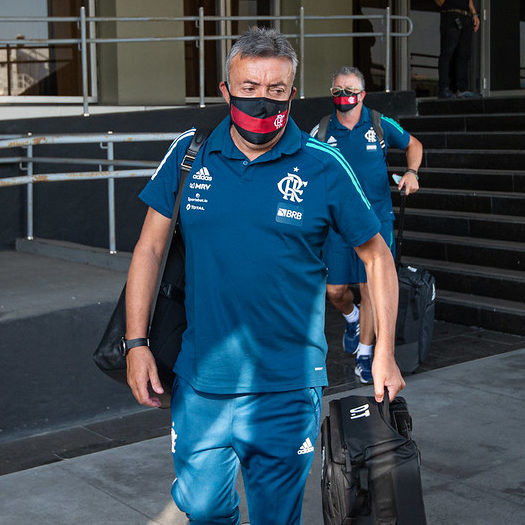 Presidente e técnico aumentam lista de infectados no Flamengo