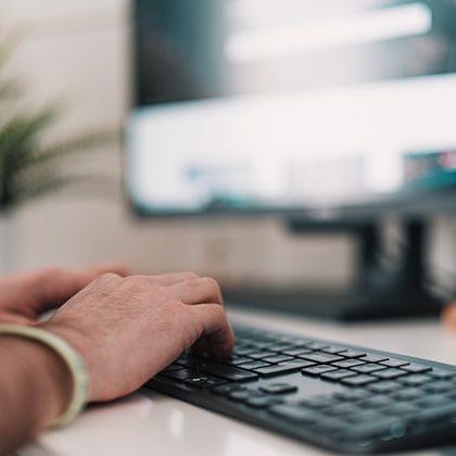 Governo federal economizou R$ 1 bi com servidores em home office