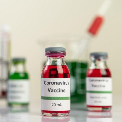 China diz que vacina contra Covid estará disponível em novembro