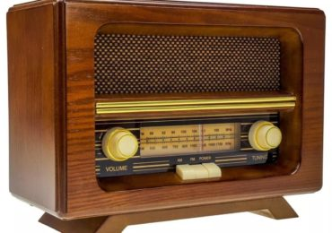 Relembre momentos marcantes dos 98 anos do rádio no Brasil
