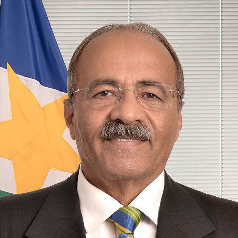 Dinheiro na cueca: senador Chico Rodrigues pede afastamento